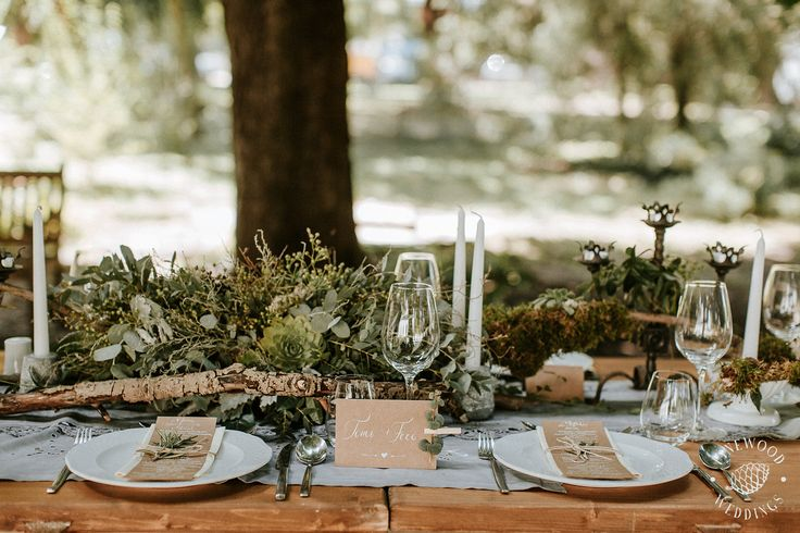 Lovely rustic style wedding table setting. Green is the new pink.