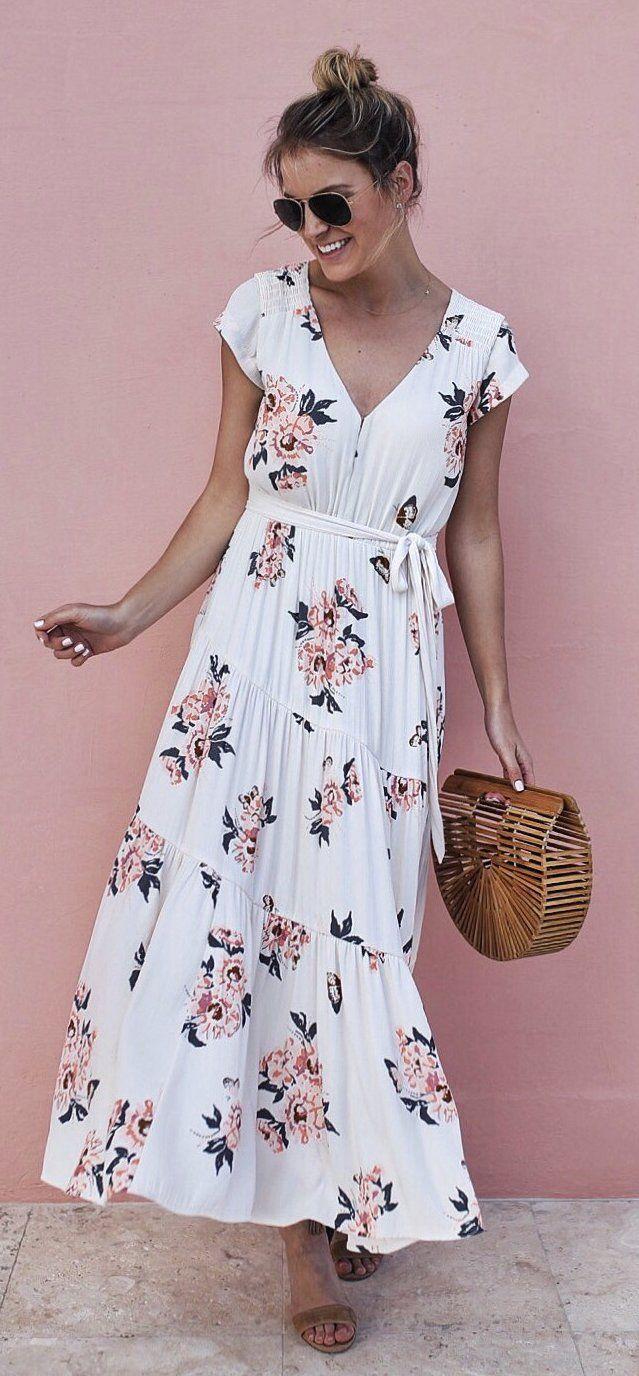 #spring #fashion  White Flower Print Dress & Wood Clutch
