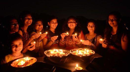 Diwali 2014, Celebrating The Festival Of Lights (PHOTOS)