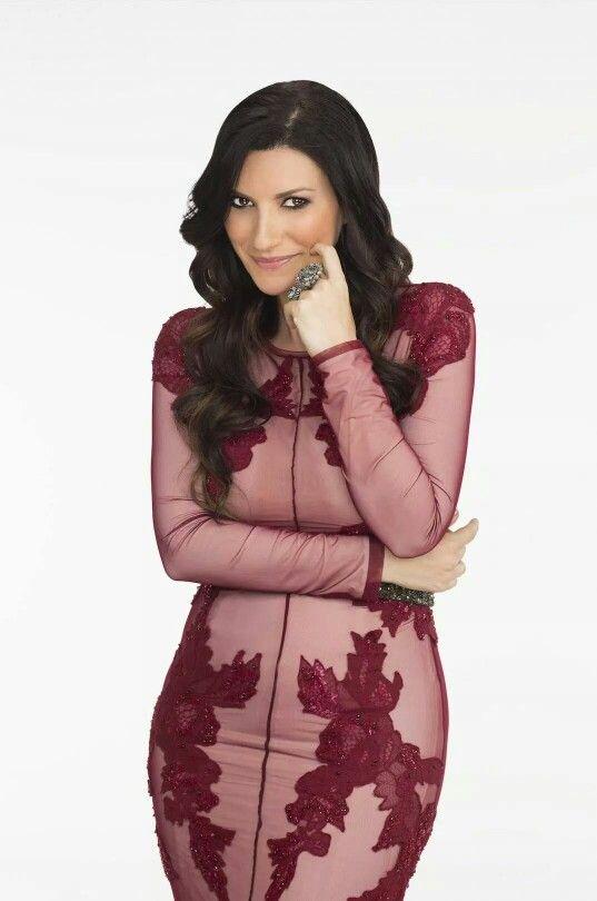 Laura Pausini. Me gusta el vestido / Laura Pausini. I like her dress
