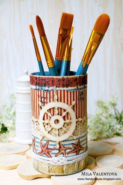 Сделать баночку - вазочку для кисточек - карандашей очень просто! Актуальные морские принты и акценты наполнят ваше лето морем, ветром и криком чаек!:) http://vk.com/club55069498?w=wall-55069498_1070