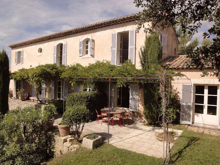 Maisons neuves dans le Luberon : Une Bastide en enduit et pierre - A. Nelson, Architecte paysagiste en Provence .