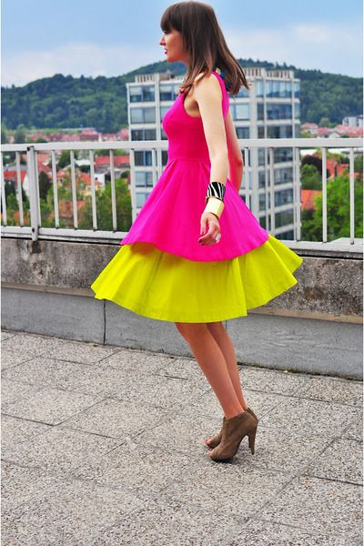 Neon with neon--if it makes you happy, go for it.  Duckalicious on Chictopia.