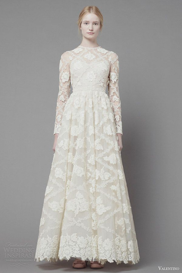 valentino fall 2013 2014 long sleeve white lace dress
