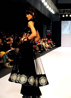Fashion Pakistan Week is the first Fashion Week to be held in Pakistan. Pakistan Fashion Week will show the collections of 32 Pakistani Designers, where established designers like Rizwan Beyg, Maheen Khan and Deepak Perwani who have just returned from Milan Fashion Week where they earned huge accolades for Pakistan, Faiza Samee, Aeisha Versey and…