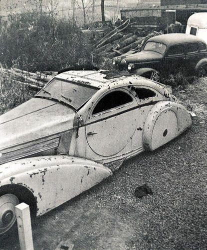 Rolls Royce Phantom I (1924-1935). Jonckheere Coupé Aérodynamique. Telle que retrouvée dans une casse automobile...