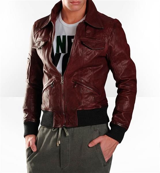 Мужская коричневая куртка подобрать образ