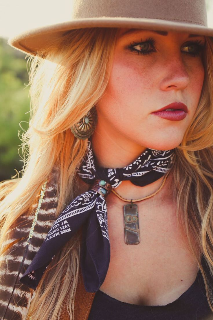 Western Chic    Photography: Emily McCartney