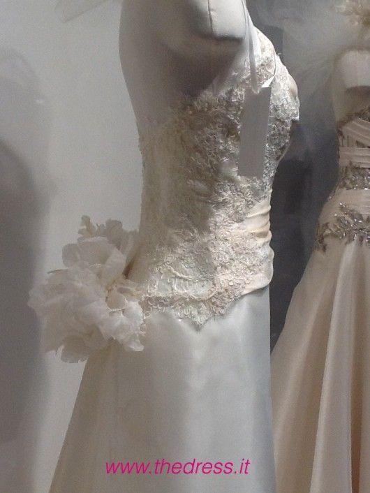 Cerdina - Exclusive thedress.it http://www.thedress.it/4982/esclusiva-la-sposa-carlo-pignatelli-couture-2013-dal-vivo/