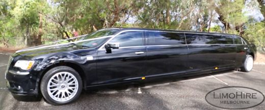 Reliable and affordable 12 seater stretch limo services - Excellent chauffeured service throughout Mornington Peninsula, Metropolitan & Yarra Valley course.