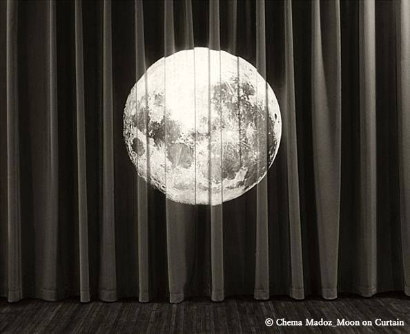 Chema Madoz(체마 마도즈) - Moon on Curtain #art / Your Lifetime Gallery ::: www.cubbying.com
