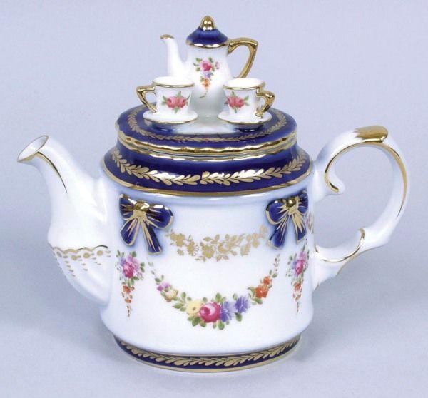 Novelty Tea Kettles ~ Best images about novelty teapots on pinterest