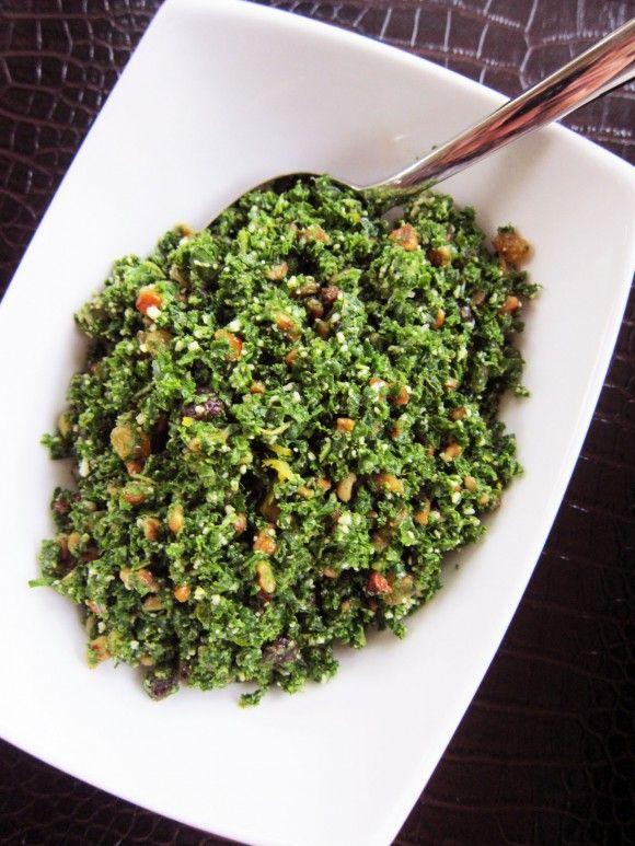 Parmesan-Kale-Salad-with-Raisins-2: Kale Salads, Healthy On, Favorite Salad, Parmesankal Raisinsalad, Raisins Salad, Parmesan Kale Salad, Tavern Kale, Dry Cranberries, Healthy Food