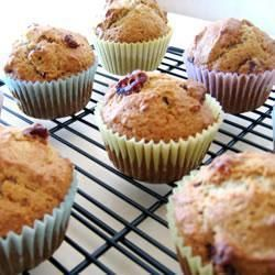 Muffins pommes-canneberges @ qc.allrecipes.ca