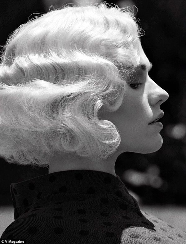 Anna Paquin in does a Fashion Editorial in V Magazine, wearing a Short Pin Curl Wig Very Old Hollywood B&W Photo ✤✤✤