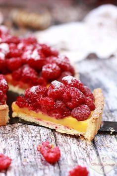 Tarta z kremem cytrynowym i malinami / tart with lemon curd and raspberries