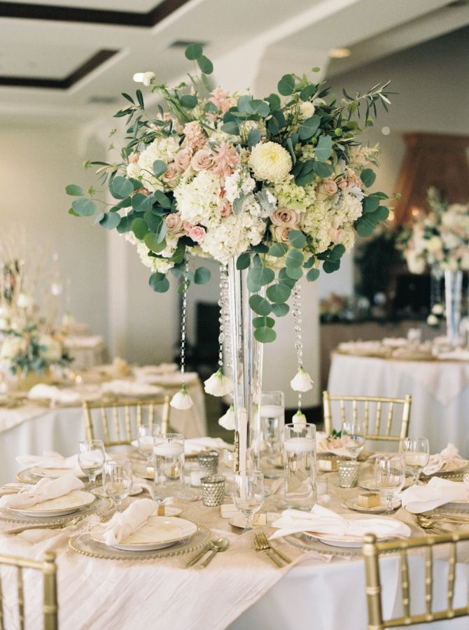 Garden Inspired Spring Wedding At Bakersfield Country Club CentrepiecesTable