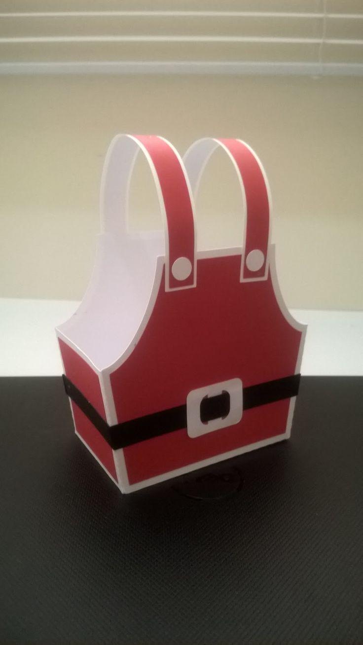 Olá!!!     Uma pessoa me mandou uma foto pra fazer uma caixinha pra ela.   Não sei de quem foi a ideia ou quem criou a caixa.   É uma caix...