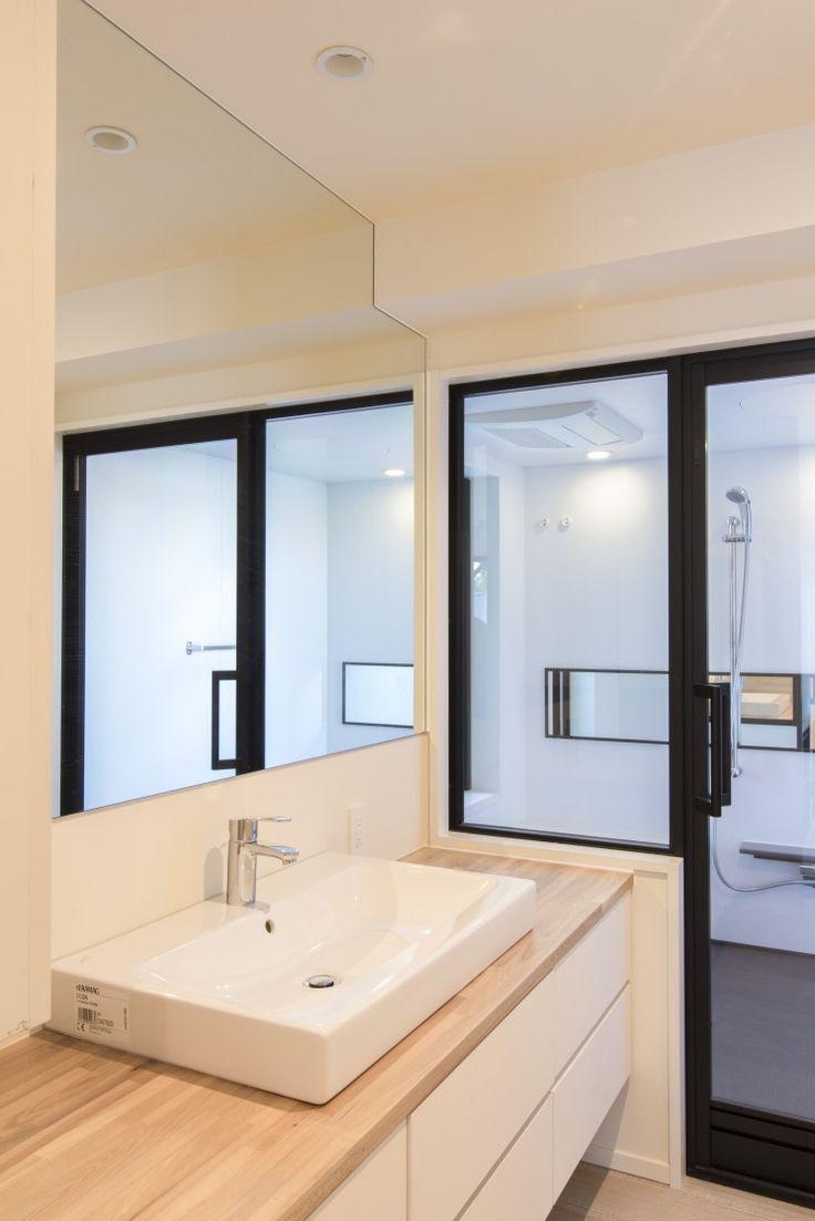 洗面/バスルームつながり/一体感  ベッセル式洗面器 一面鏡貼り 浴室ガラスドア CO+ GALLERY(コプラスギャラリー) | コーポラティブハウスの株式会社コプラス