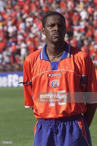 Harold Wallace of Costa Rica prepares for the during the 2002 Gold Cup match against Trinidad Tobago at the Orange Bowl in Miami FloridaThe game end...