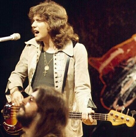 John and Graham.   Top of the Pops . August 22, 1971