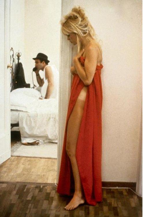 """Brigitte Bardot et Michel Piccoli dans """"Le mépris"""" de Jean-Luc Godard"""