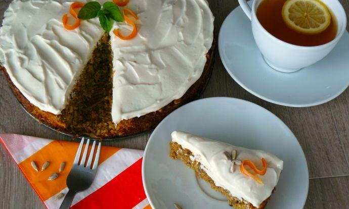 Slunečnicový koláč s mrkví a tvarohem