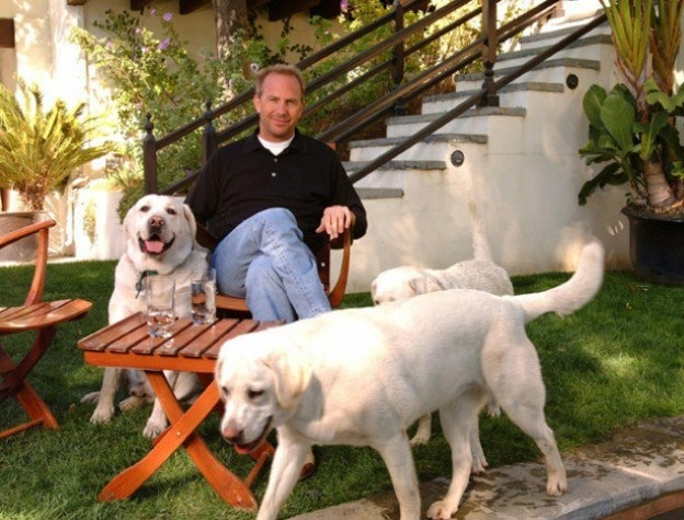 Photo of Kevin Costner & his  Dog