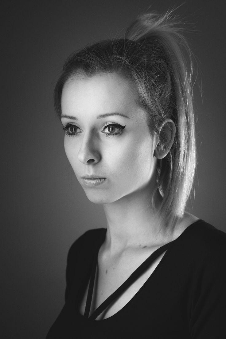 model: Daria Basak