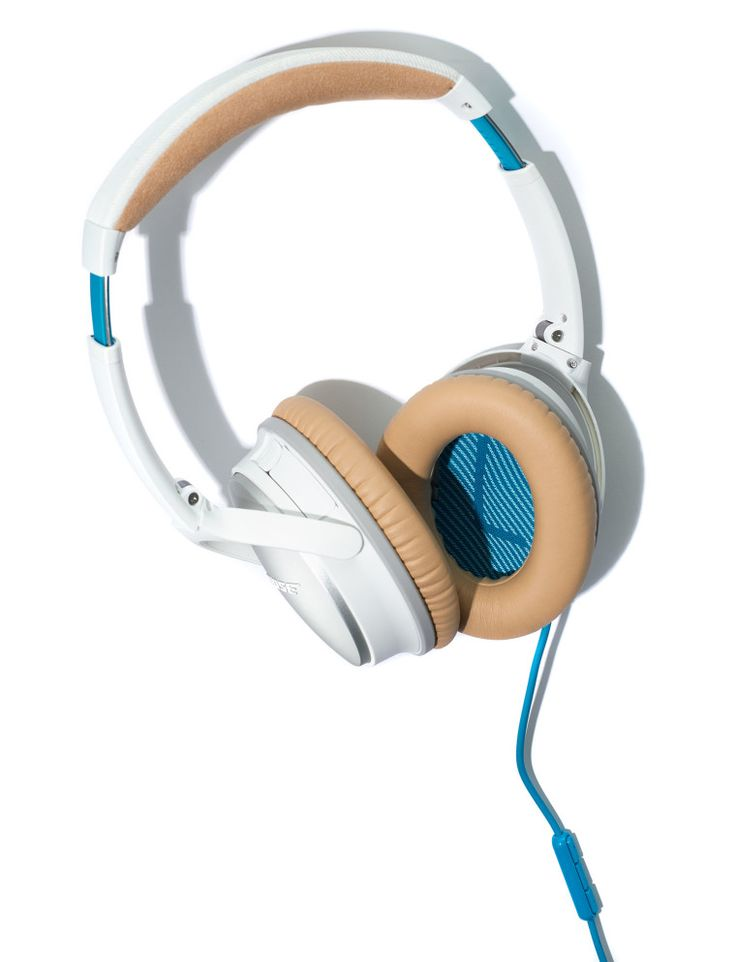 Travel Necessity: Bose's Sound-Proofing Headphones-Wmag