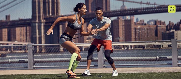 Entérate de lo último en entrenamiento para mujer de Nike enNike.com. Obtén más información sobre productos, noticias y otros aspectos más recientes. Conéctate con nosotros en línea >