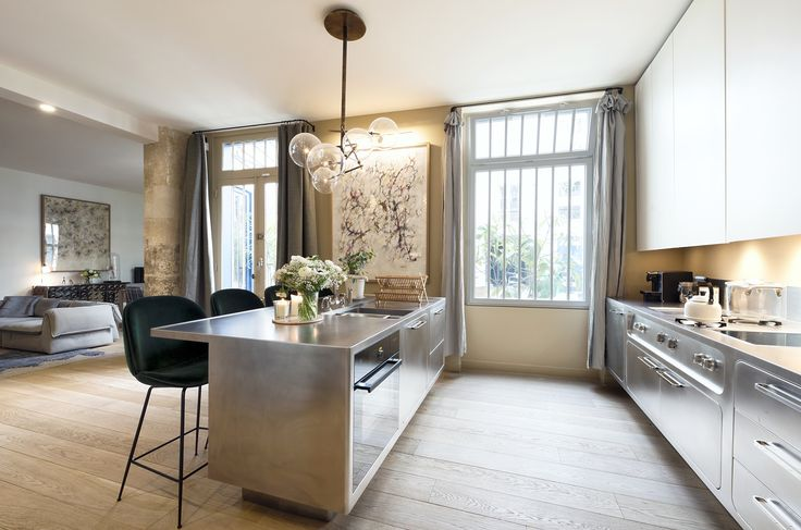 10surdix, temple of the Italian design in Paris, welcome the Abimis kitchen, with a stunning result!  www.abimis.it  #design #designprisoners #kitchen #paris #abimis