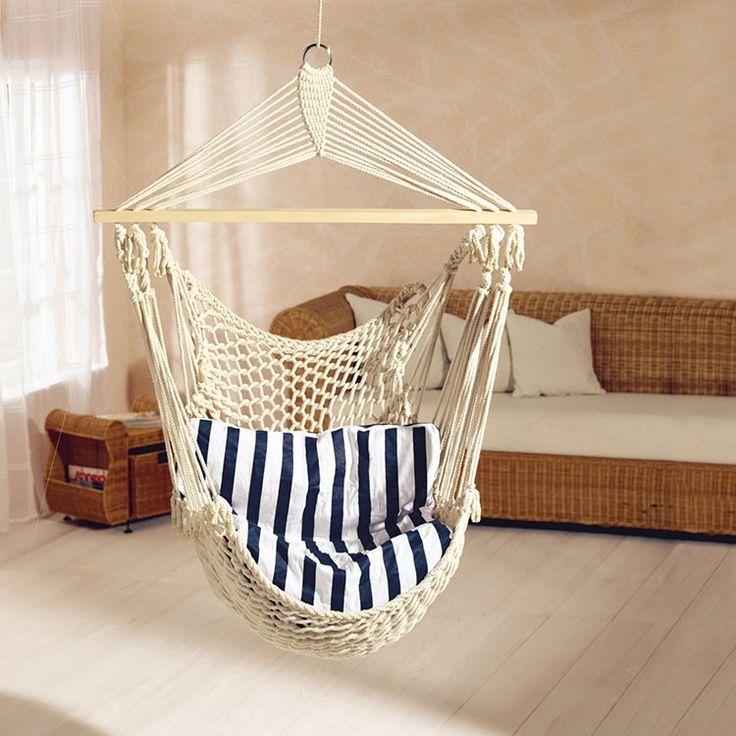 Das Bequeme Blau Und Weiss Gestreifte Kissen Bietet Angenehmen Komfort Zum Lesen Relaxen Schne Netz Design Wirkt Zudem Dekorativ
