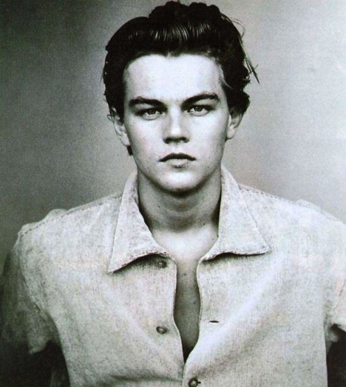Sooo much more attractive when he was younger