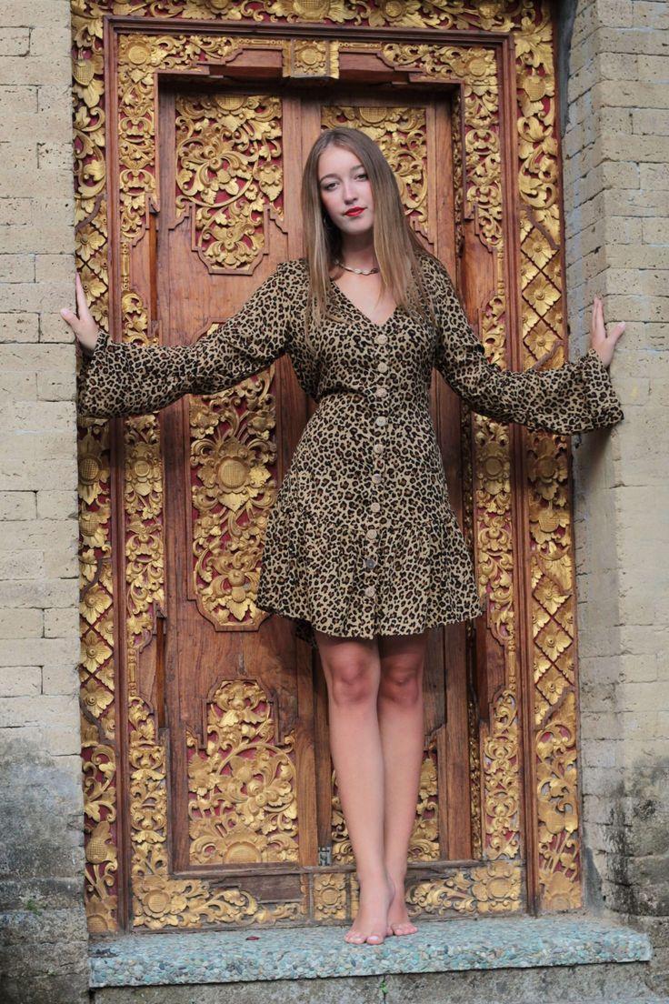 leo print minikleid langarm leopardenkleid kurz weltentaenzer