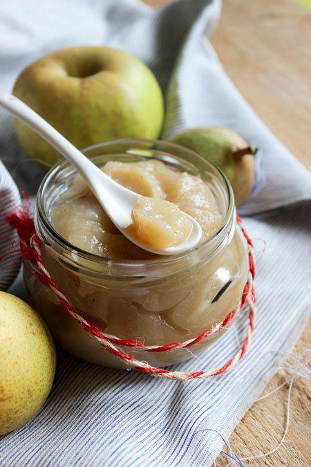 La recette Compote pomme, poire & banane maison par Délice Céleste. Recette maison simple et accessible à tous.