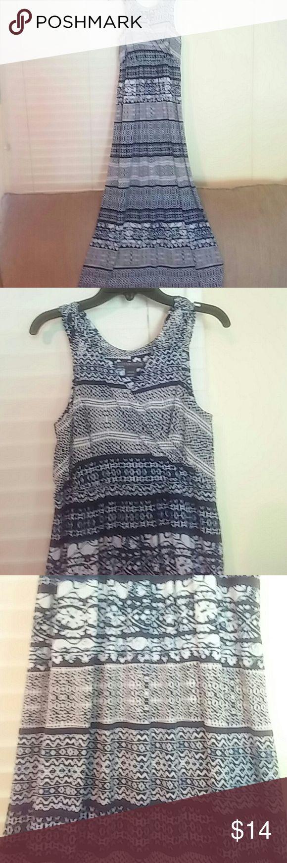 Covington Dress Petite Small Dark blue and white pattern stripped dress. Full length tank dress. Like new condition! Covington Dresses