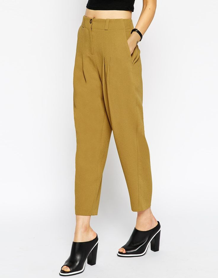 Image 4 -ASOS Deep Pleat Tapered Trouser