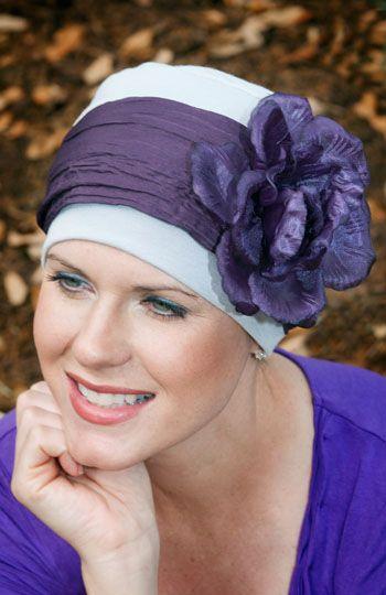 Idee, um einen simplen Hut immer wieder anders zu tragen: verschiedene Bänder dazu nähen!!!