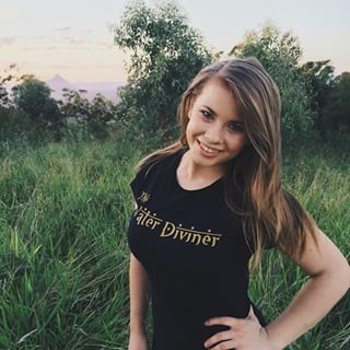 Bindi Irwin, Daughter Of Crocodile Hunter Steve Irwin, Is All Grown Up