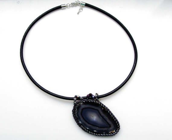 Black Agate Bib Necklace, Beadwork Agate Necklace, Agate Slice Statement Choker by ThezoraArtBijoux