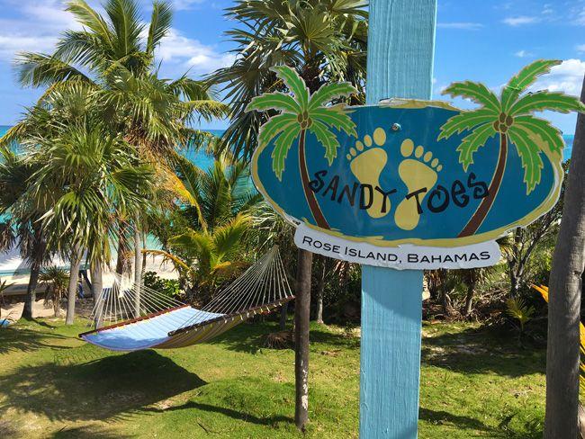 A Day on the Beach: Sandy Toes Beach Bar, Rose Island Bahamas | Caribbean Travel Blog - RumShopRyan
