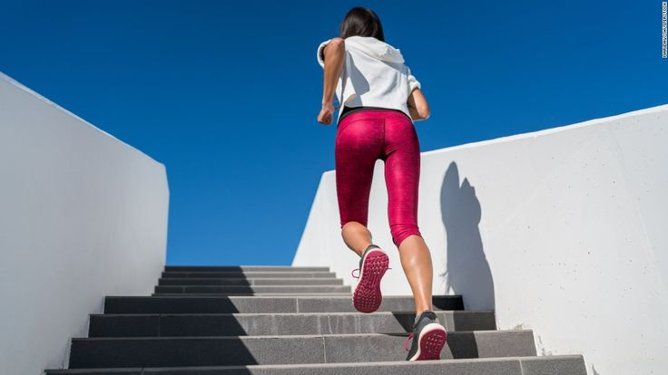 Compression tights don't help runners go farther or faster, according to a new study, but they may provide a mental boost.