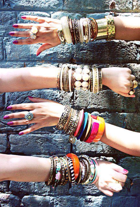 #accessories#fashion#jewelry#moda#style#trendy#instafashion#instalike#picoftheday#districtaccessories#megamall#erbil#kurdish#duhokgirls#Kirkuk#iraq#baghdad#sulaymaniyah#erbilfashion#erbilsalons#3aba#hawler#englishvillage#insta__kurdistan#kurdish#megamallerbil#megamall#fashion#districtshoes#megamallerbil