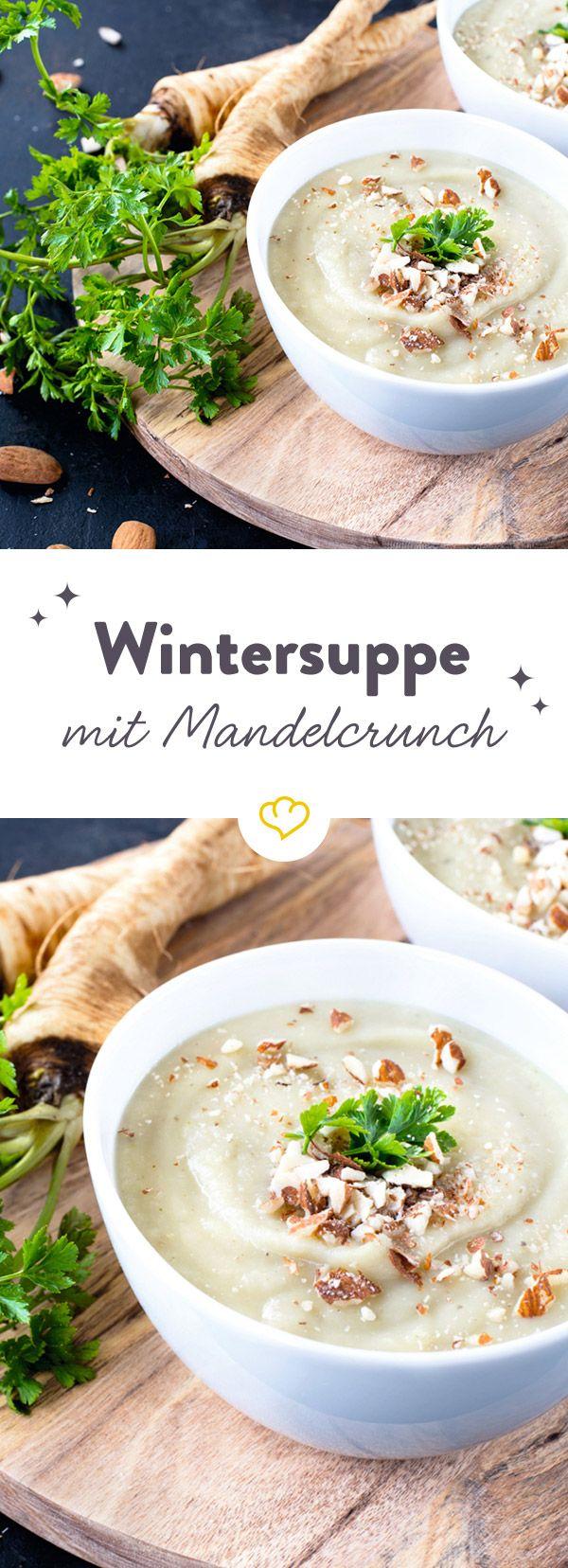 So weiß wie Schnee und so unvergleichlich cremig - Stefanies Wintersuppe mit köstlichem Gemüseallerlei ist ein wahrer Seelenschmeicher für kalte Tage.