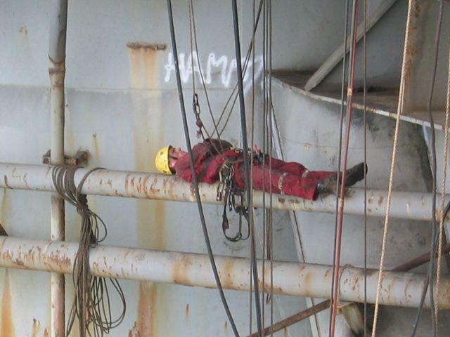 rope access tech taking a break offshore