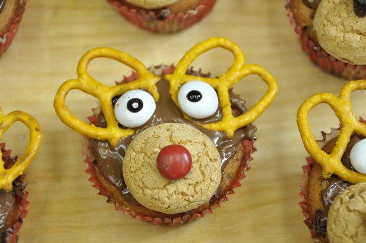 VivaLaFocaccia    Video su come fare delle simpaticissime renne di Natale con i Muffins