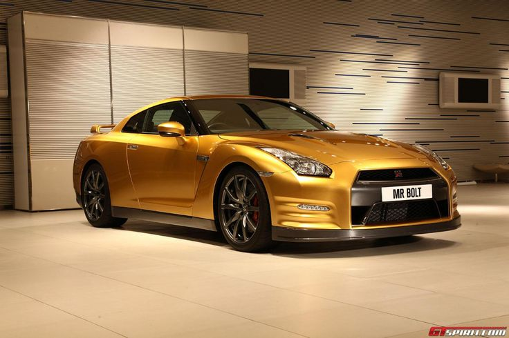 Gold-painted Nissan GT-R for Charity
