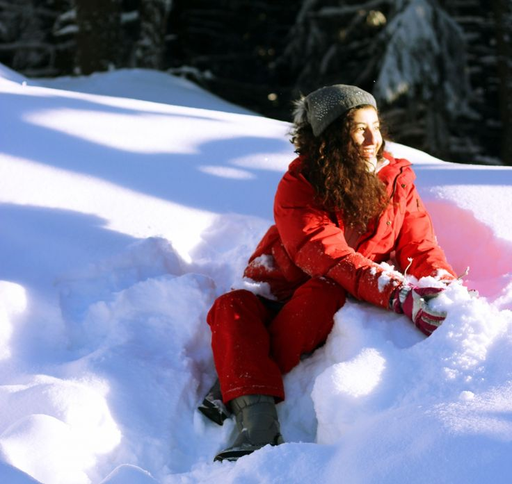 red jacket, snow, winter http://skipaheartbeat.dk/sunny-winter-days/