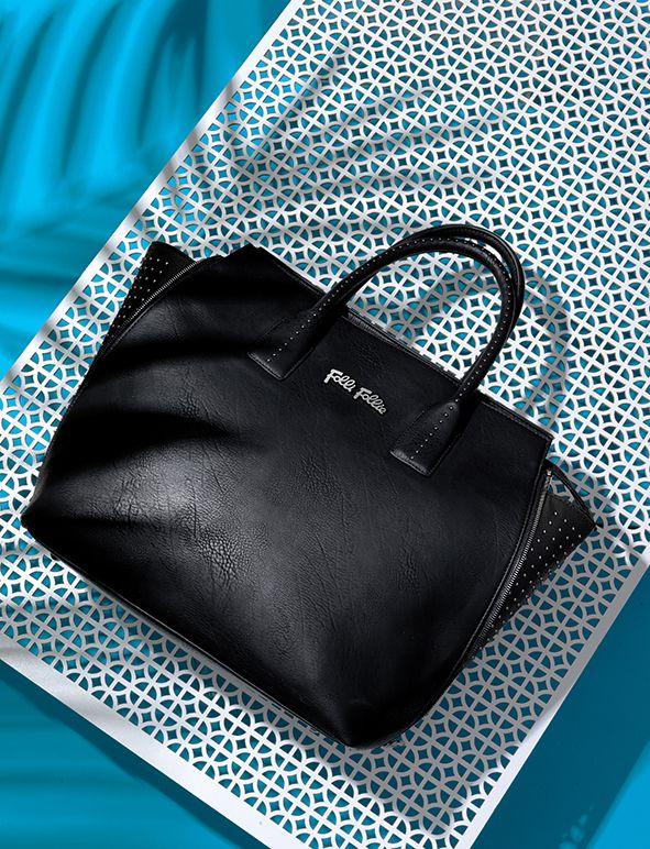 Styling: Bettina Vetter Photographer: David Newton Client: Folli Follie